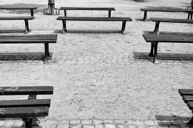 004_benches