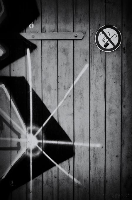 007 - Nichtraucherholztuer
